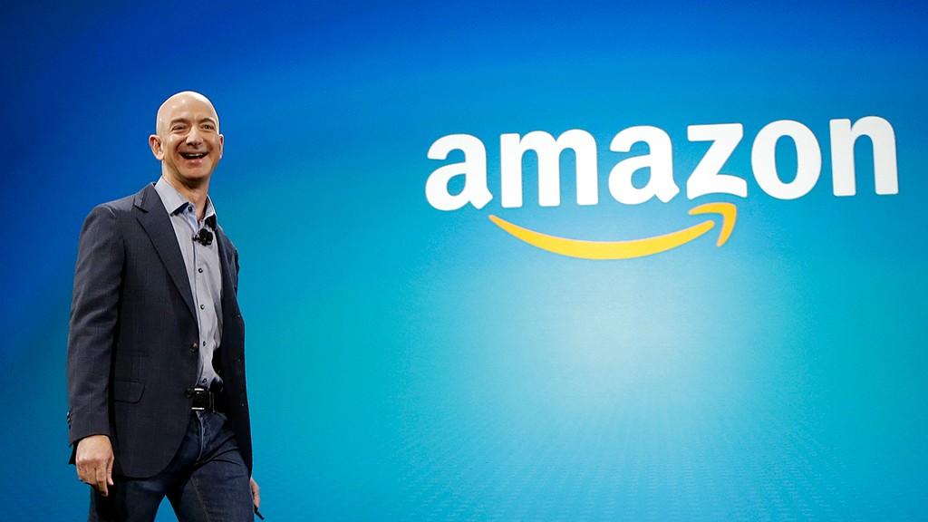 Джефф Безос занял первое место в списка миллиардеров при скачке цен на акции Amazon