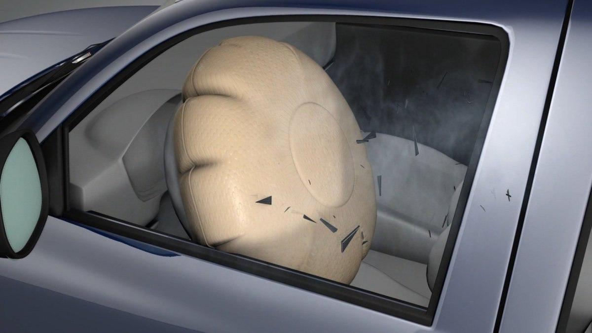 BMW отзывает новые 218i из-за опасных подушек безопасности