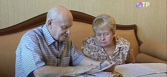 Врачи госпитализировали Пахмутову и Добронравова
