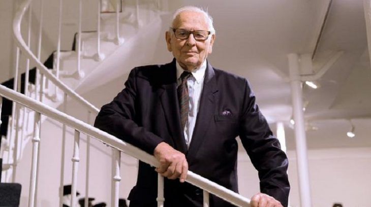 Пьер Карден умер во Франции на 99 году жизни