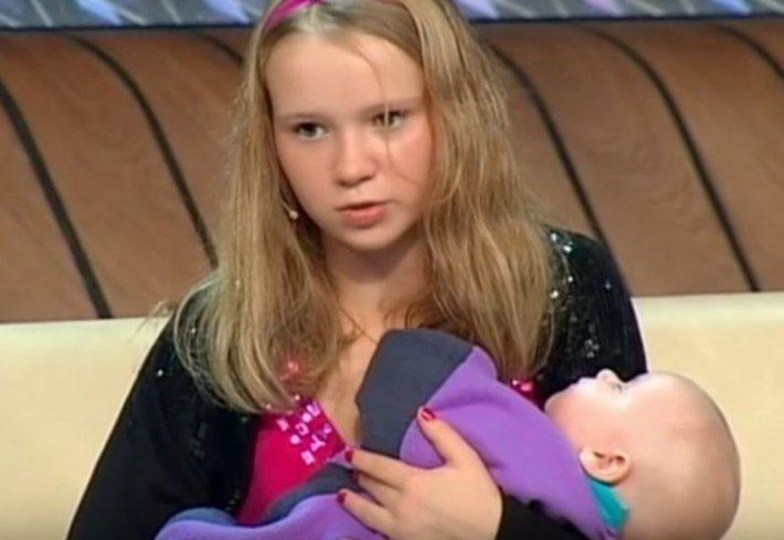 Любовь Бессуднова, стала мамой в 14 лет