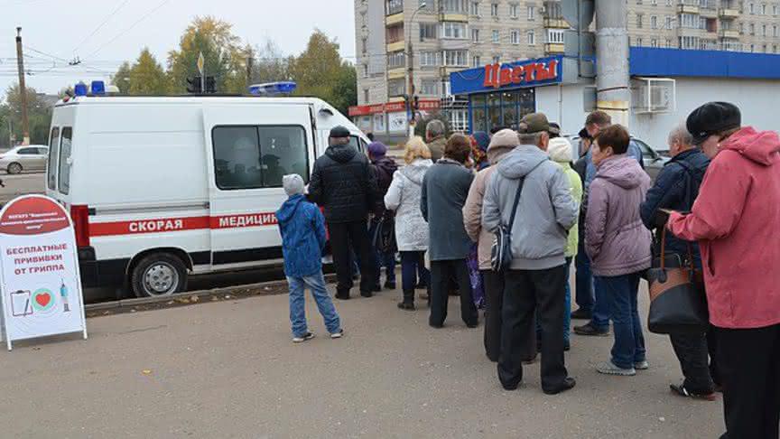 В Нижнекамске с 15 июня запустят выездные прививочные бригады